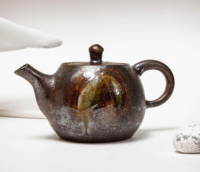 POT101 Маленький чайник из керамики ручной работы фото 02
