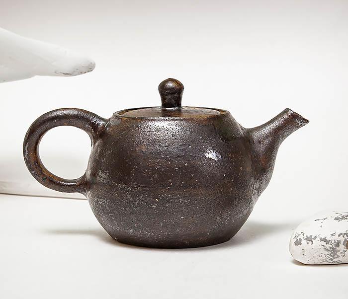 POT101 Маленький чайник из керамики ручной работы фото 04