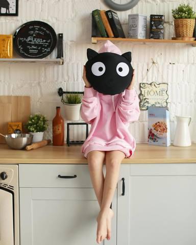 Подушка декоративная Gekoko «Трансформер-подголовник Черный кот» 3