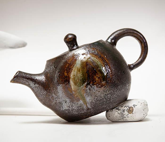 POT101 Маленький чайник из керамики ручной работы фото 06