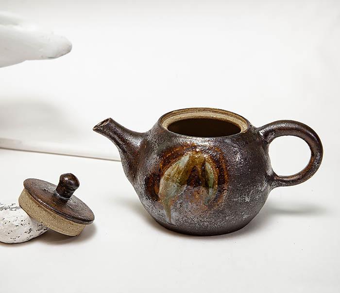 POT101 Маленький чайник из керамики ручной работы фото 07