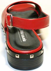 Красные босоножки на низком каблуке. Кожаные сандали женские Marani Magli - Red.