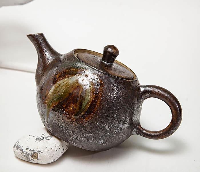 POT101 Маленький чайник из керамики ручной работы фото 08