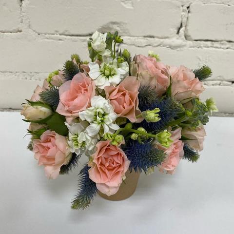 Композиция цветы в стакане №10
