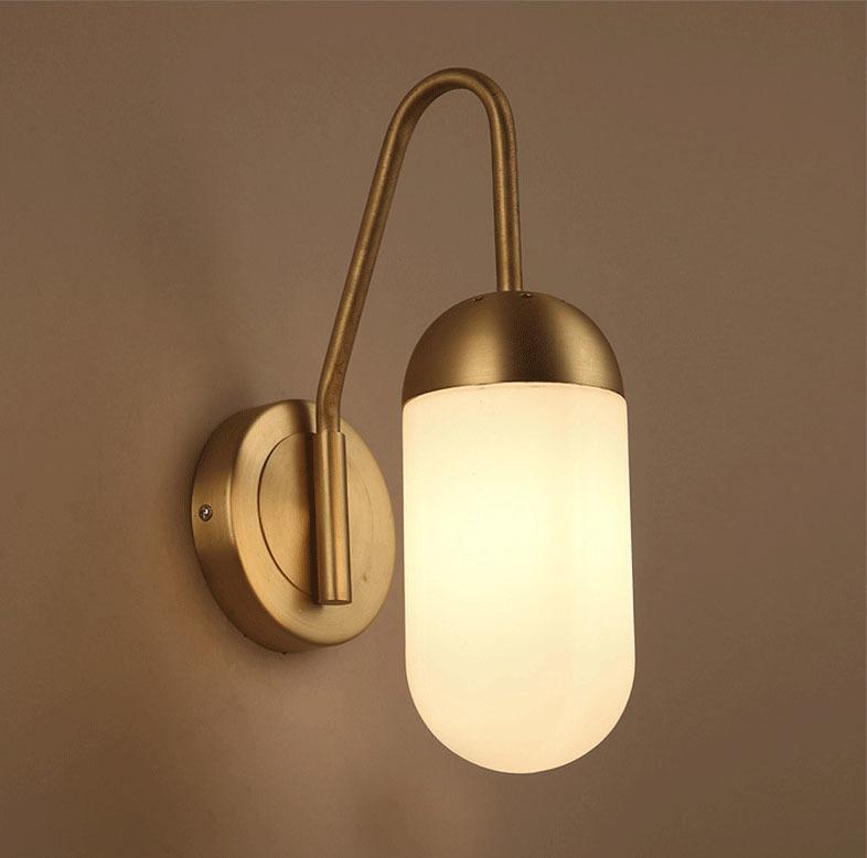 Настенный светильник Lariat by Apparatus (золотой)