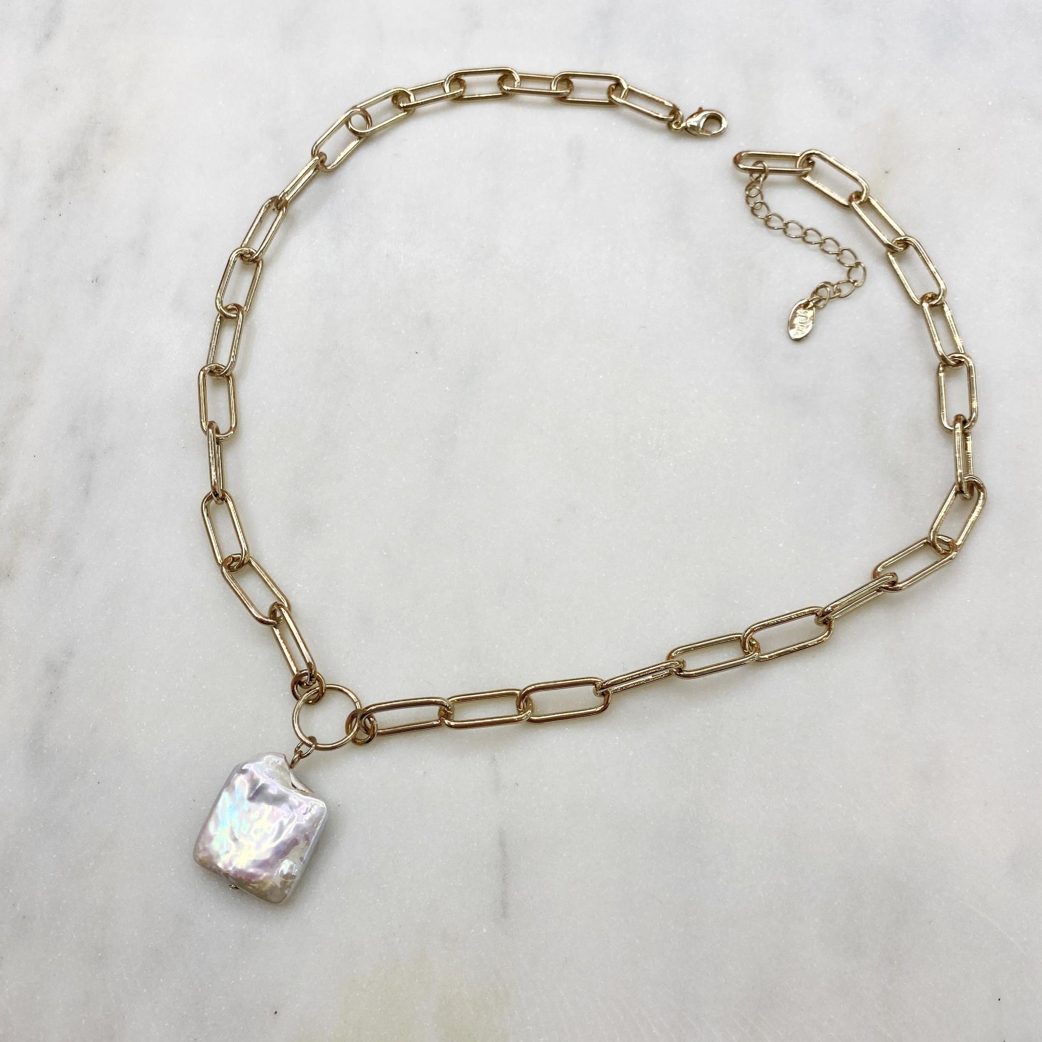 Колье-цепь с квадратной барочной жемчужиной (брасс)
