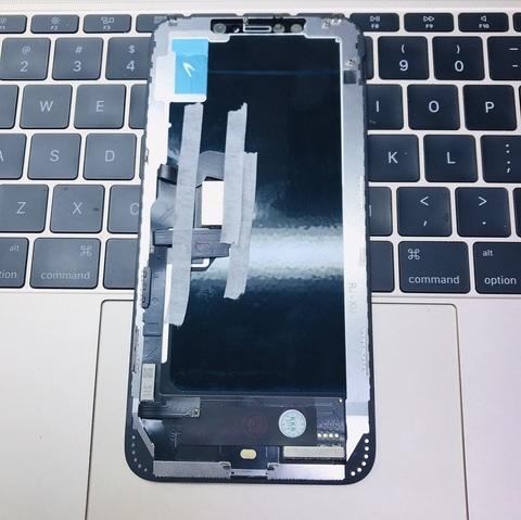 Дисплей iPhone XS MAX. Замена разбитого стекла 6000. Екатеринбург.