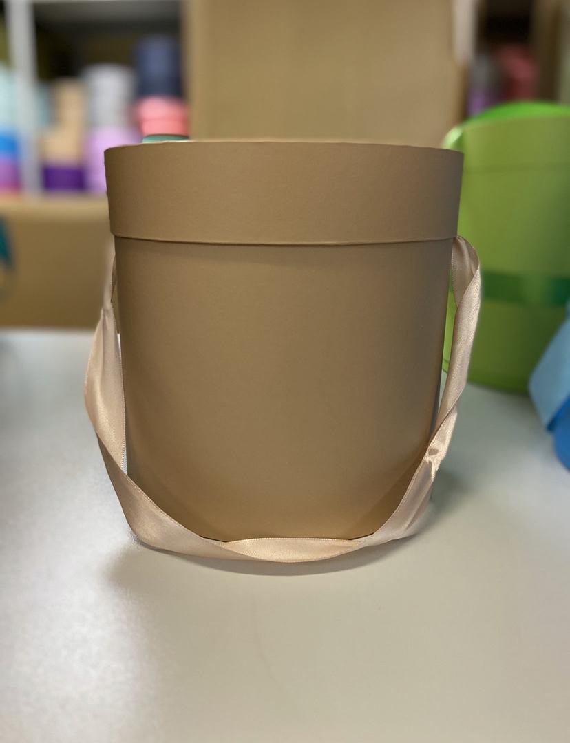 Шляпная коробка эконом вариант 20 см Цвет: Крафт  . Розница 400 рублей