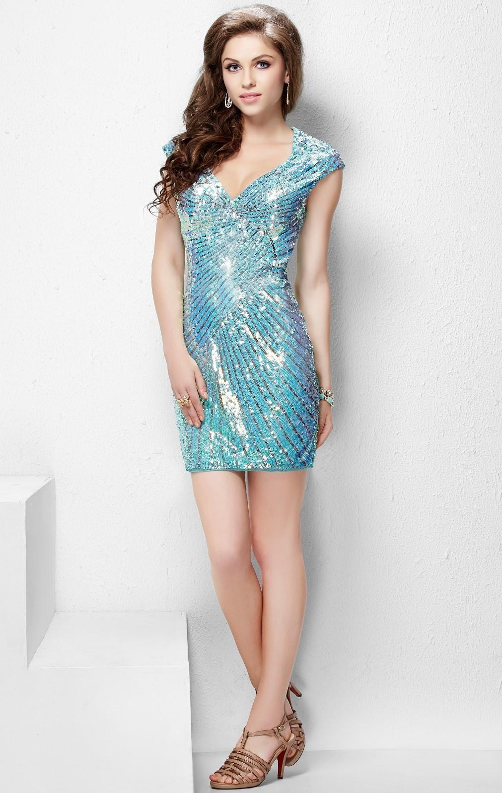 Tiffany 1642 короткое платье расшитое пайетками и бисером