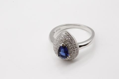 Кольцо из серебра 925 с сапфиром син. и фианитами