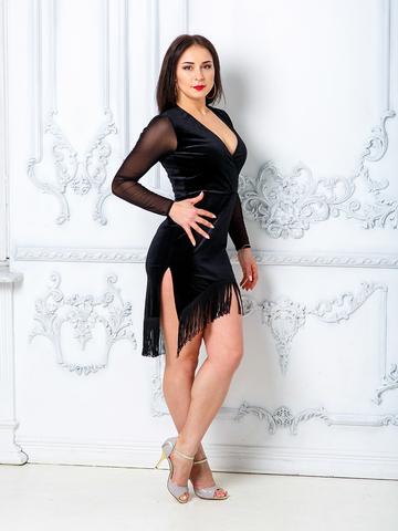 Платье для танцев из бархата