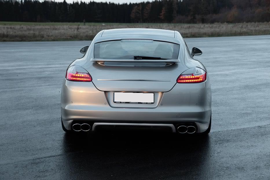 Накладка на заднее стекло Porsche Panamera 2010-2012г