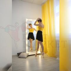 Гримерное зеркало 800мм*1850мм на подставке с колесиками (18 ламп)
