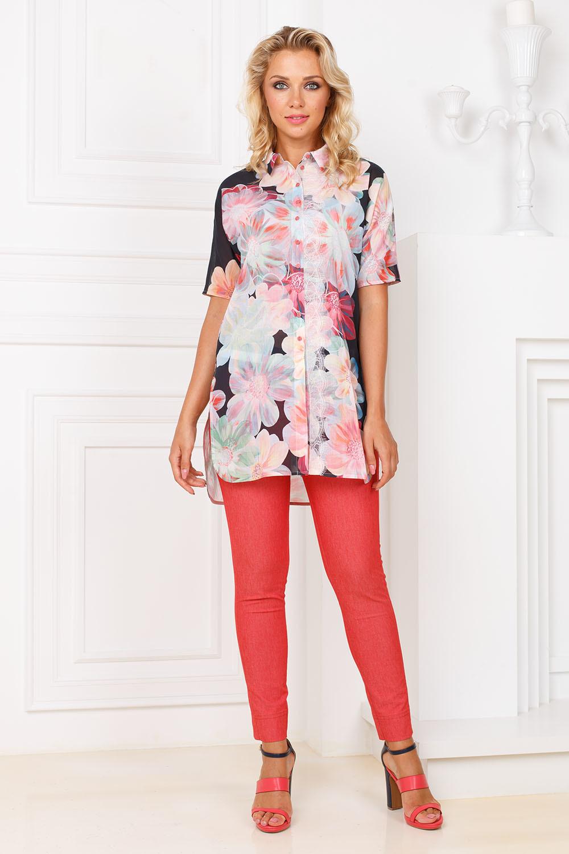 Блуза Г636а-726 - Удлиненная хлопковая блуза с принтом - крупные цветы - отличный вариант на лето. Асимметричная линия низа, по боковым швам глубокие разрезы. Передние полочки можно завязать в узел или заправить в юбку или брюки. Легкая, натуральная ткань приятна к телу. Хорошо смотрится как с обувью на каблуках и классическими брюками, так и с кедами или босоножками и узкими брюками или лосинами.