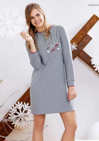 Трикотажное домашнее платье с вязаными косичками