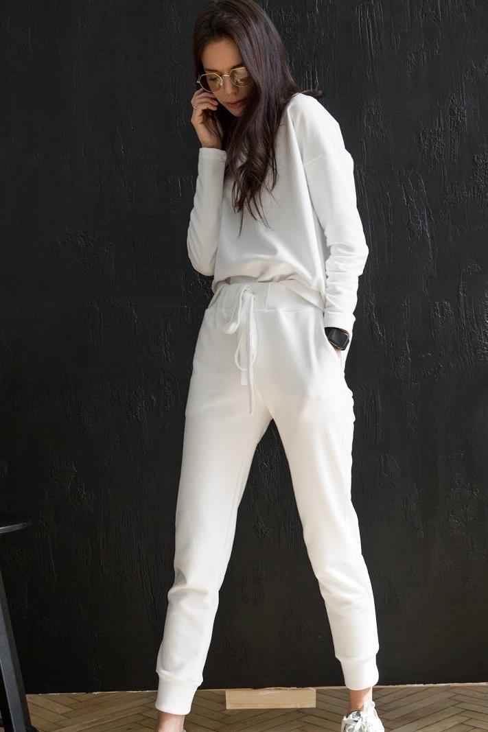 Костюм спортивный: свитшот + брюки, молочный