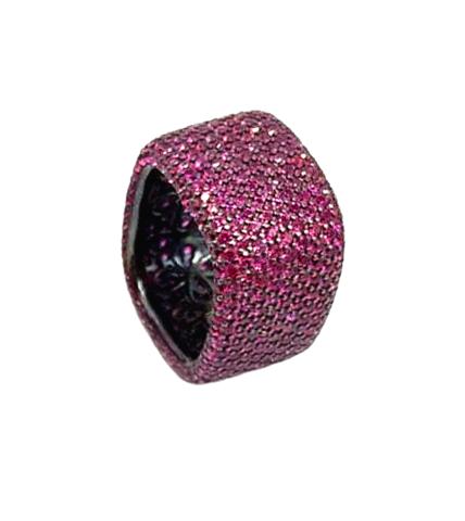 47923- Широкое кольцо-дорожка из серебра с бордовыми микроцирконами