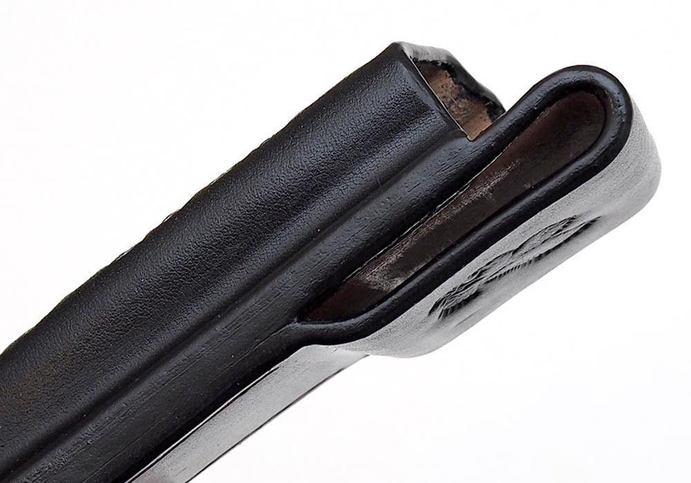 Чехол кожаный черный Buck 110 - фотография
