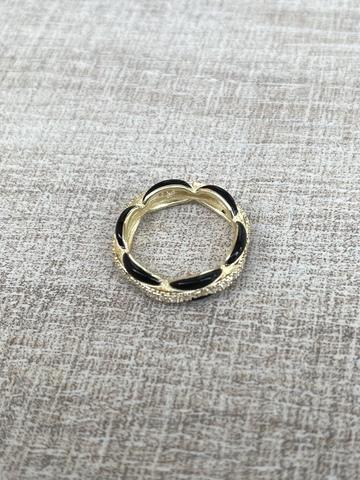 Кольцо Ширитам черное, позолота