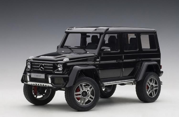 Коллекционная модель Mercedes-Benz Gelandewagen G500 4X4² 2016 Gloss Black