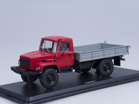 GAZ-33081 4x4 engine D-245.7 Diesel Turbo from Exhibition Start Scale Models (SSM) 1:43