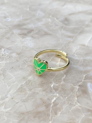 Кольцо из позолоченного серебра с зеленым сердечком