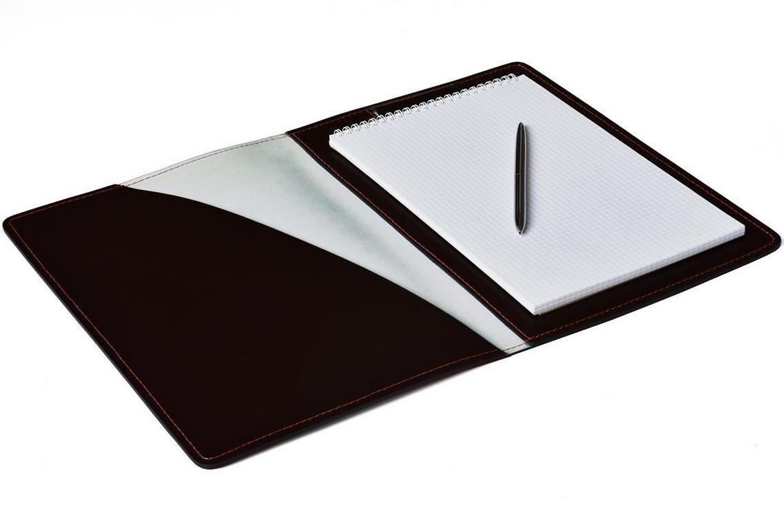 Разворот папки под блокнот А4 серии Бизнес. На фото цвет кожи темно-коричневый шоколад. Блокнот в комплект не входит.