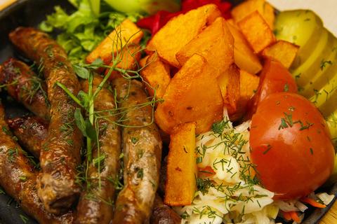 Домашние колбаски из баранины