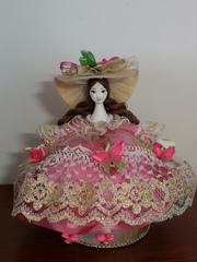 Кукла-шкатулка с ножками (ручная роспись)