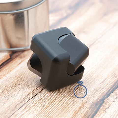 Спиннер-кубик металлический черного цвета 17001C_black