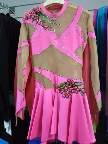 Платье б/у со стразами, рост 140-146 см