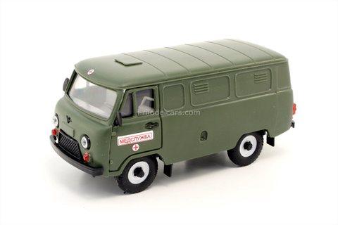 UAZ-3741 Ambulance Medical Assistance (plastic) 1:43 Agat Mossar Tantal