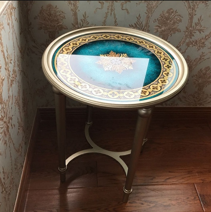 Приставной столик Story
