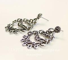 Пуссеты - гвоздики с подвеской Quest Beads