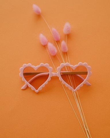 Солнечные очки LOVE розовый