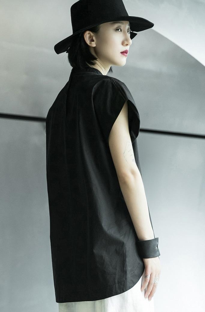 Блузка «THIVY»