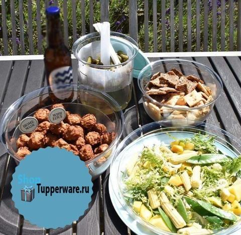 сервировочная чаша 2,1, 3,5 блюдо 2л и деликатесница 1,4 л Tupperware с бирюзовой крышкой.