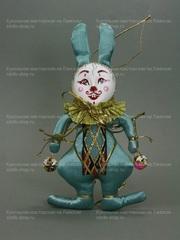 Кролик с бубенчиками