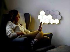 Творческий настенный светильник