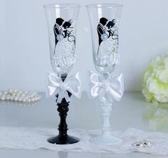 Набор свадебных бокалов «Жених и невеста», с бантами, чёрно-белый, фото 1