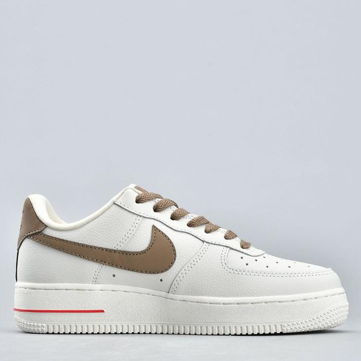 Nike Air Force 1 07 White/Brown