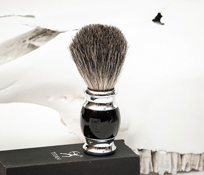 RAZ488-1 Помазок «TITAN» из барсучего волоса, рукоятка смола (черный) фото 03
