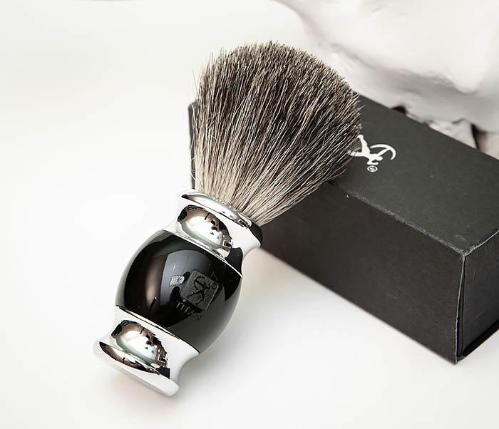 RAZ488-1 Помазок «TITAN» из барсучего волоса, рукоятка смола (черный) фото 04