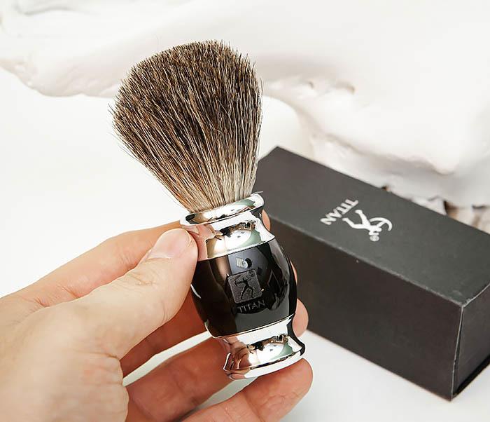 RAZ488-1 Помазок «TITAN» из барсучего волоса, рукоятка смола (черный) фото 05