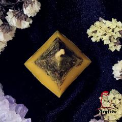 Свеча - ритуал «Медовая Ночь»