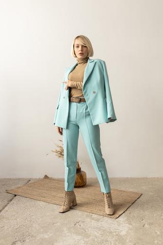 Пиджак двубортный  приталенный