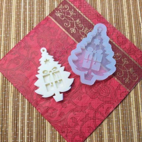 Форма силиконовая для шоколада Елочка с подарками №219 8 см