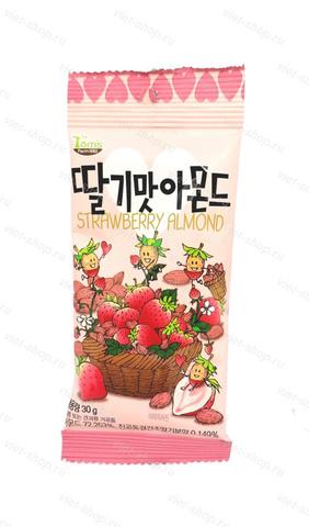 Миндаль обжаренный со вкусом клубники, Корея 30 гр.