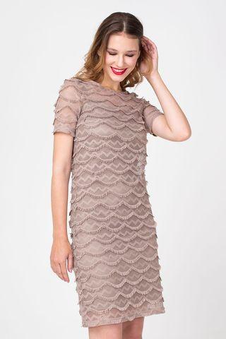 Фото бежевое кружевное платье 2 в 1 прямого силуэта - Платье З355-170 (1)