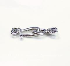 Замок - крючок из 2х частей на 3 нити Quest Beads (цвет-античное серебро) 19х12 мм, 16х10 мм